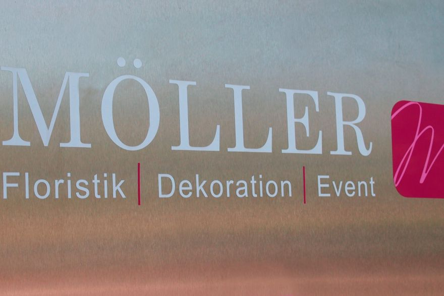 Ber uns m ller floristik dekoration event for Floristik dekoration
